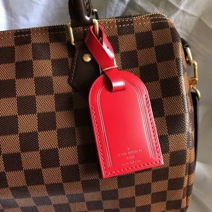 Limited Louis Vuitton Luggage Tag in red leather